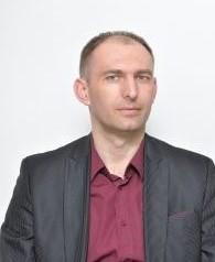 Здравко Младеновић