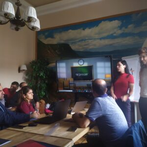 """Kурс предвиђен Еразмус+ пројектом ,,Стварање подстицајне средине за учење"""" данас је званично почео!"""